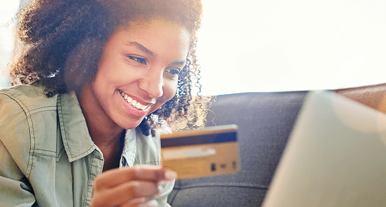 Getting a Credit Card: 4 Things for Young Adults to Know